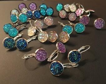 Color stone earrings, silver or gunmetal, or black part