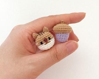 Squirrel - Crochet Animal Brooch, Corsage, Accessory, Amigurumi