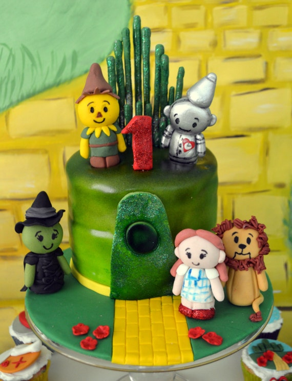 Wizard Of Oz Cake Decorating Kit : Wizard Of Oz Cake Decorating Kit 100% Edible by TheCakeHusband