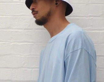 Reversible Bucket Hat White & Navy