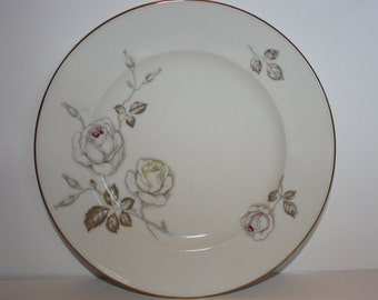 "Johann Haviland Bavaria Germany 10"" Dinner Plate"