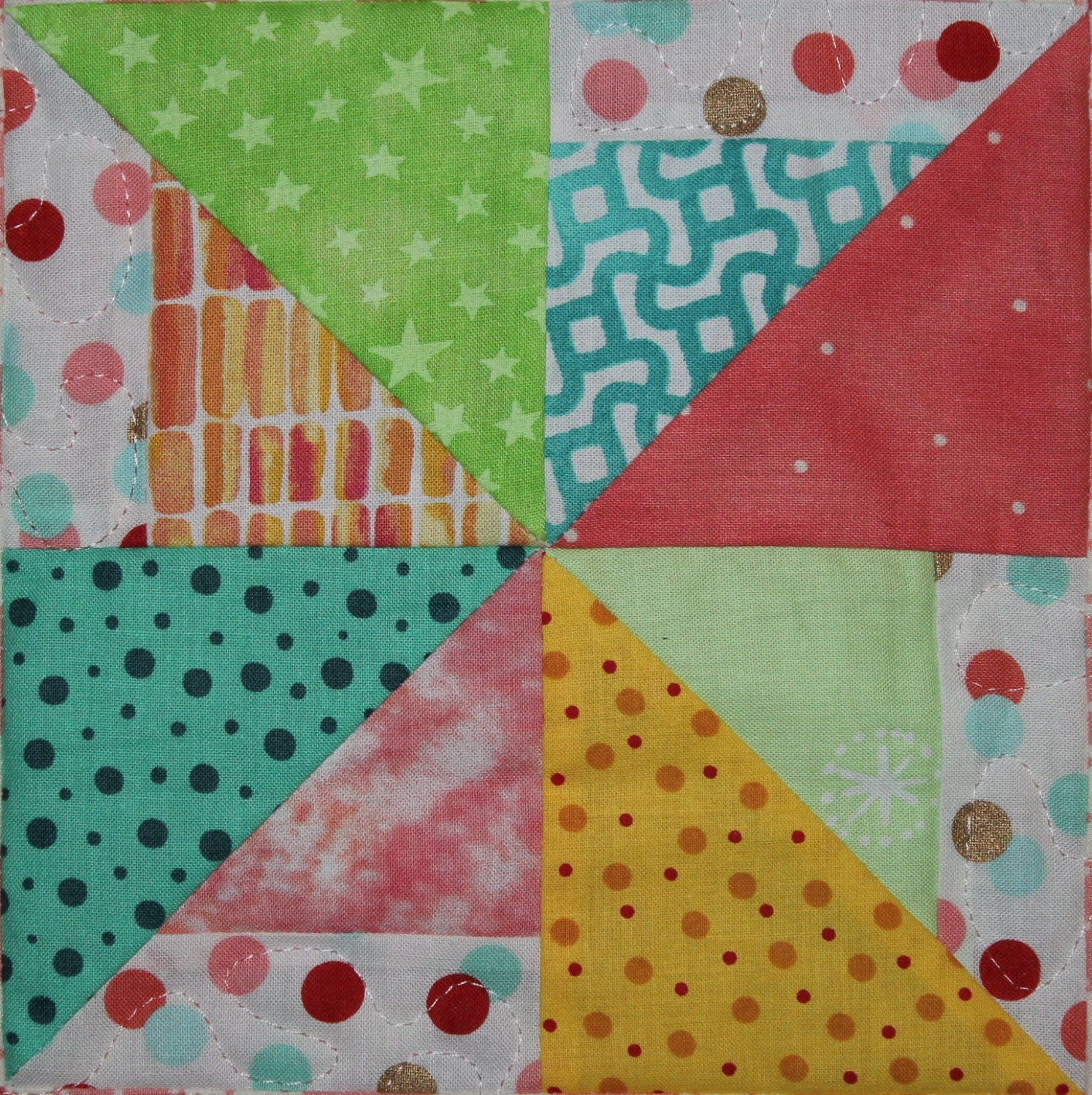 Pinwheel PDF easy scrappy pieced quilt block pattern simple