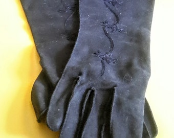 1950's black gloves with trim, size med