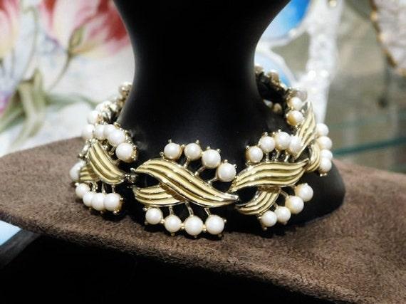 Mid Century MARVELLA Designer Bracelet Faux Pearls Enamel Lemon Yellow Link Vintage 1960s Wedding Bride Bridal Bracelet Summer Jewelry