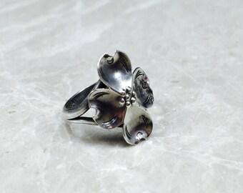 Vintage Sterling, Vintage Silver Ring, Vintage Flower Ring, Sterling Flower Ring, Silver Flower Ring, Adjustable Ring, Simple Flower Ring