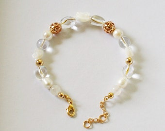 Flower gold plated bracelet mother of Pearl