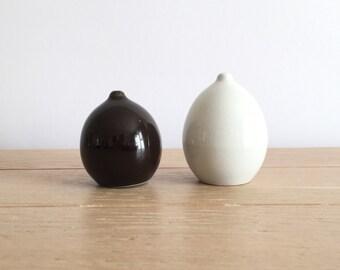 Arabia of Finland Kaarina Aho design model KA salt and pepper shakers