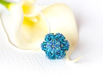 Turquoise Swarovski flower pendant silver necklace, teal Swarovski pendant necklace, turquoise crystal necklace, beaded Swarovski crystals