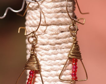 Delicate brass triangle and glass beads earrings