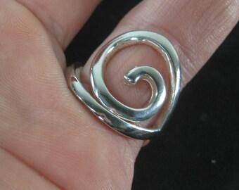 Vintage Sterling Silver Designer Swirl Ring Size 9