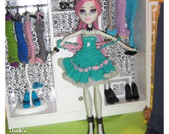 Crochet dress of Monster high dolls (single copy)