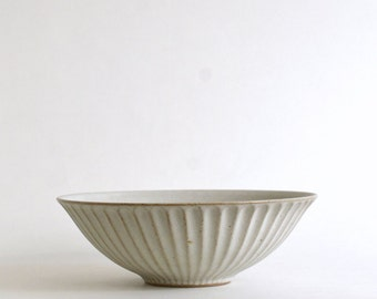 Shinogi bowl 8.3in (White ) / Koji Kitaoka (15005710-7SW)