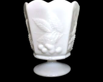 Mild Glass Pedestal Vase Mid Century Vase Vintage Milk Glass Napco