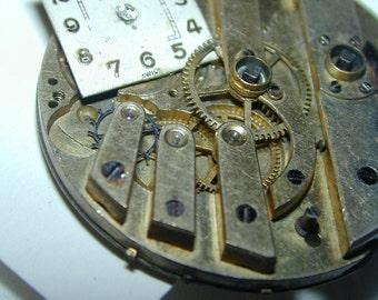 Antique watchworks Steampunk Steampriss pendant