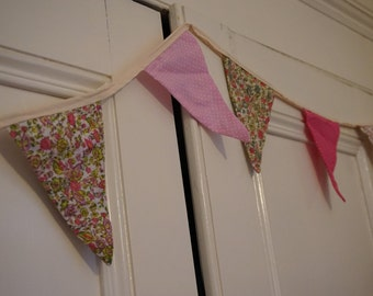 Bunting Pink selection 2.5m