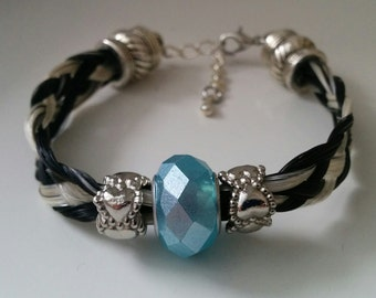 Horsehair black and white with Pearl light blue bracelet