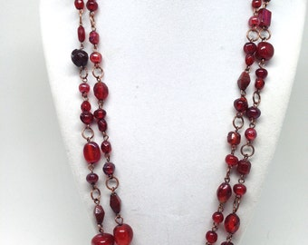 Luxurious Red Pink Assorted Glass Single Strand Vintage Estate Necklace