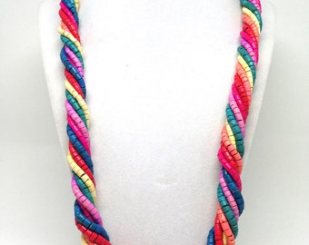 Gorgeous Bright Colored Dyed Wood Vintage Estate Necklace