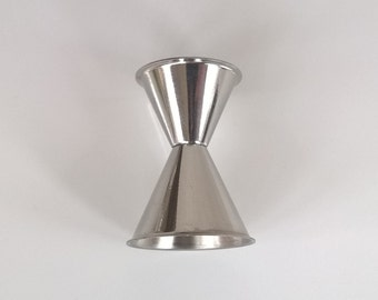 Jigger, classic double jigger shape, in stainless steel