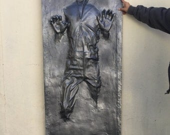 Star Wars: Life Size Han Solo in Carbonite