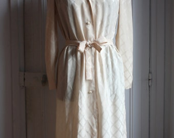 TORRENTE, 1980's dress