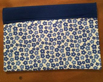 Large Blue Print Cosmetic Bag