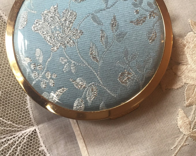 Powder compact. Mascot Vintage Powder Compact. Blue And Silver Floral Embroidered Lidded compact