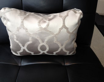 Platinum Lumbar decorative pillow