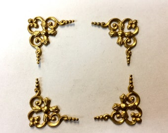 Brass Stamping - Small Curled Ribbon Corner - Set of 4