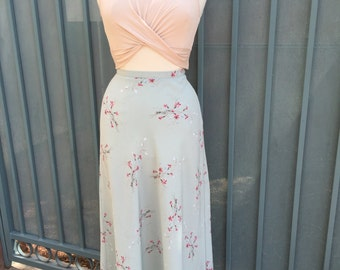 Light blue floral high waisted skirt size large