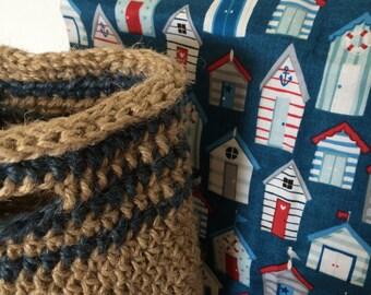 Beach bag with beach hut cotton fabric lining