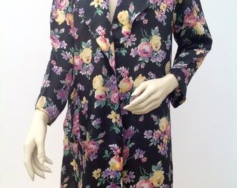 Elegant 1930s floral robe jacket or dressing gown satin Art Deco