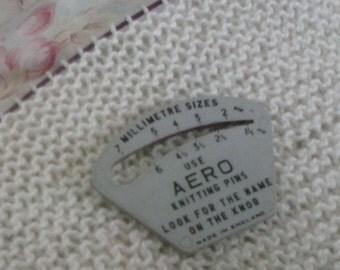 Vintage Bakelite needle gauge