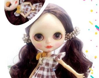 Blythe factory doll,custom, cappuccino