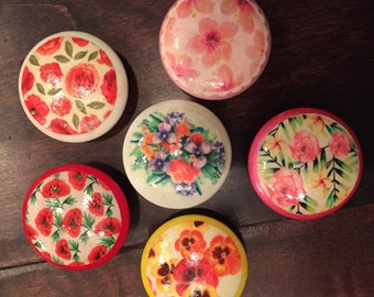 1.5 inch cabinet knobs, drawer pulls, spring, flowers, floral roses, lilacs