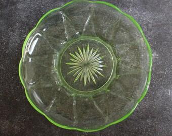 Green glass bowl 25 cm