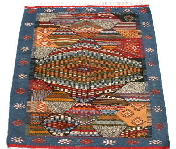tapis kilim tapis berbere tapis maroc tapis marocain tapis. Black Bedroom Furniture Sets. Home Design Ideas