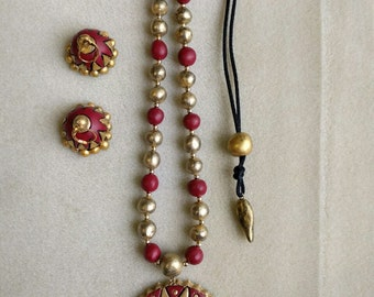 Red and gold Terracota necklace with earrings