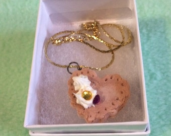 Decoden Cookie Necklace