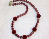 Red Velvet Beaded Necklace / Handmade Jewelry / Necklaces / Women's Gift Ideas / Glass Beads / Fashion / Silver