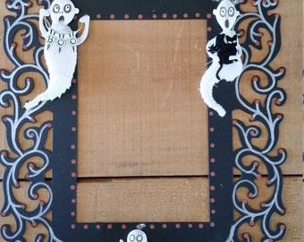 Ghost metal frame