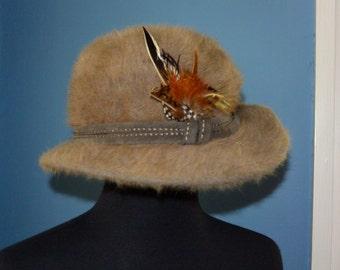 Paris Vintage Pheasant feather Hat 60s
