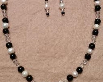 Onyx Pearl Quartx Necklace and Earrings