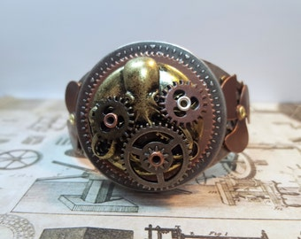 Steampunk Octopus Locket Cuff Bracelet, Steampunk Jewelry, Cosplay Jewelry, Gifts For Her, Octopus Jewelry, Gear Jewelry, Cthulhu Jewelry