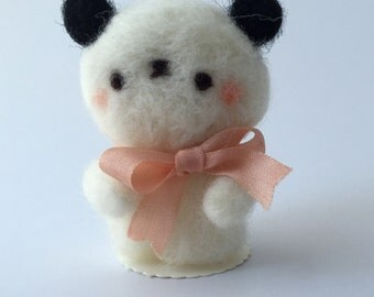 Petit Panda of Needle Felted Wool