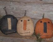 Set of 3 Primitive Rustic HALLOWEEN Grungy Pumpkins Jack O Lanterns Bowl Fillers Ornies Ornaments Tucks Shelf Sitters