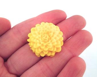 yellow 25mm mum flower cabochons chrysanthemum cabs, E249