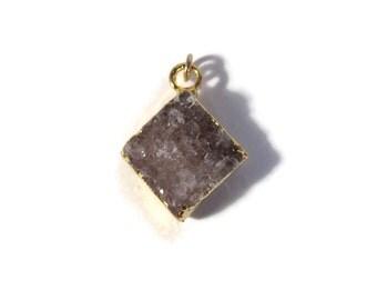Purple Druzy Charm, Diamond Shaped Druzy Quartz Pendant for Jewelry Making, Gold Bezel, 20mm x 17mm (C-Dr1b)