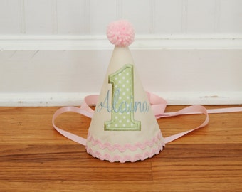Pastel birthday hat - Girls party hat - Pastel pink, green, yellow, blue - Free personalization