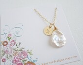 Personalized pearl necklace, gold initial necklace, keishi pearl bridesmaid necklace, June birthstone, bridesmaid gift, gold letter necklace
